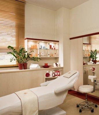 Danubius Health Spa Resort Margitsziget Emporium Beauty, Budapest